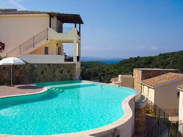 Residence Ea Bianca - Baia Sardinia Vacanze e appartamenti in Sardegna