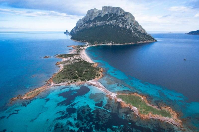 San Teodoro e Isola di Tavolara in mini crociera